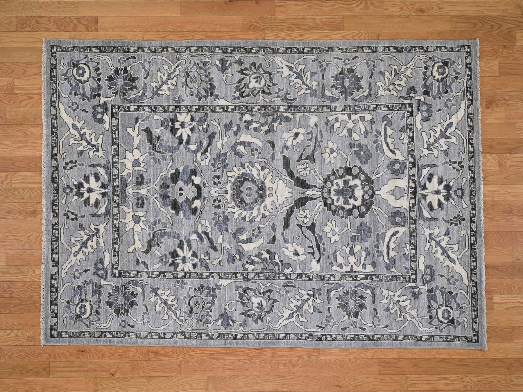 Transitional Wool Hand-Knotted Area Rug 5'5