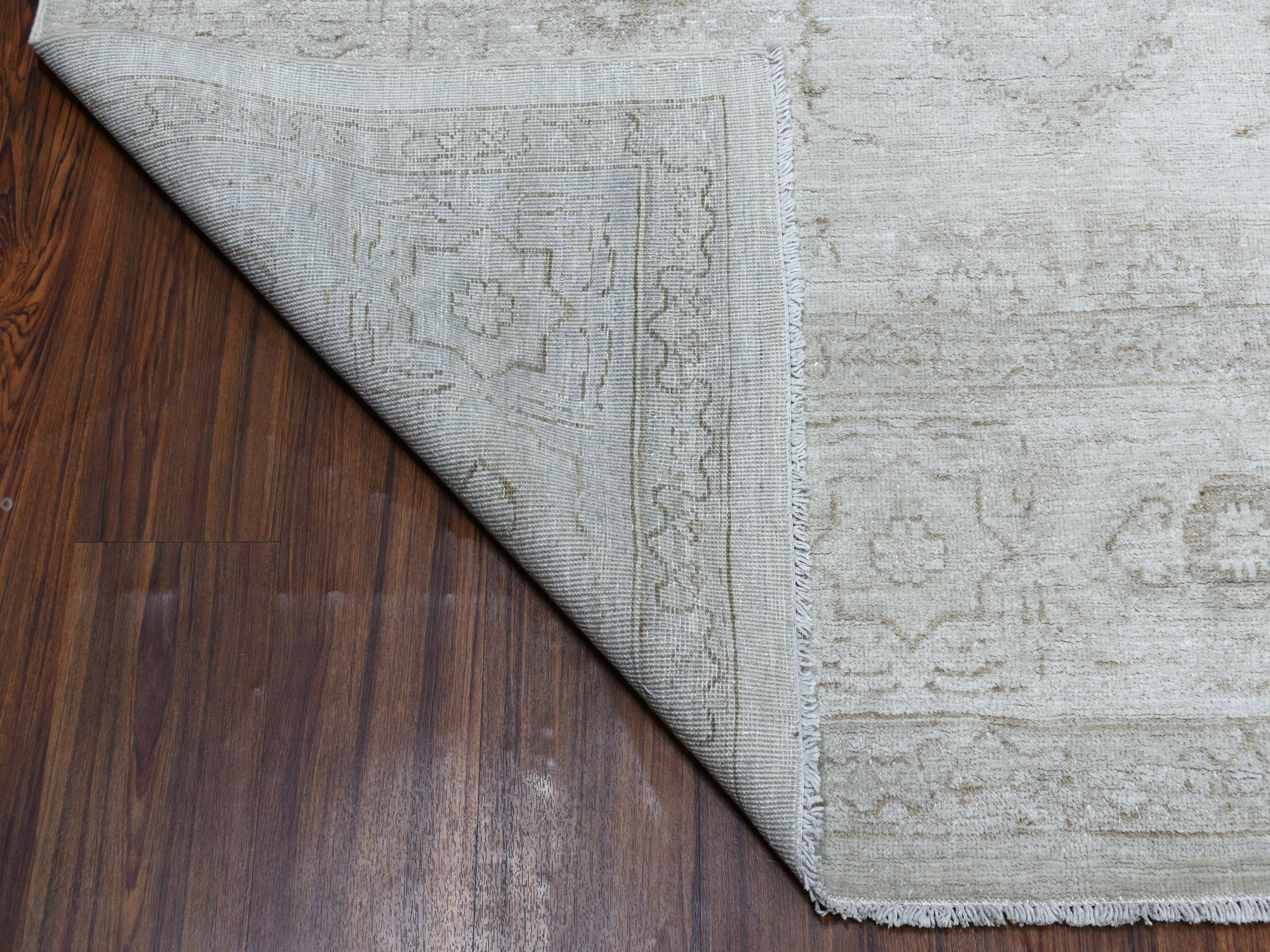 Transitional Wool Hand-Knotted Area Rug 7'8