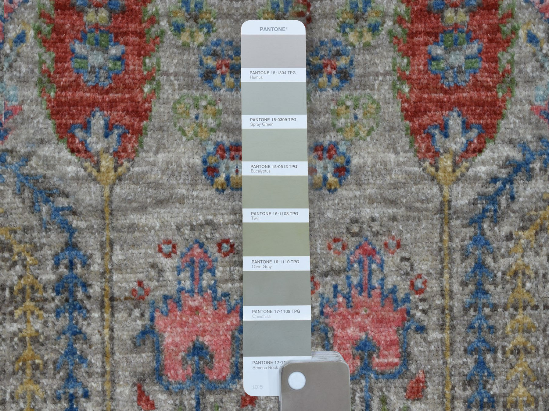 Transitional Wool Hand-Knotted Area Rug 3'9