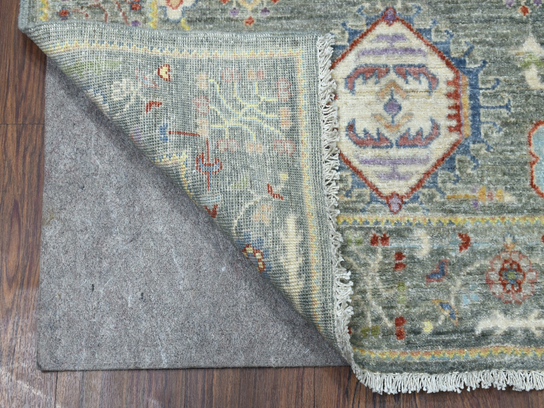 Transitional Wool Hand-Knotted Area Rug 3'0