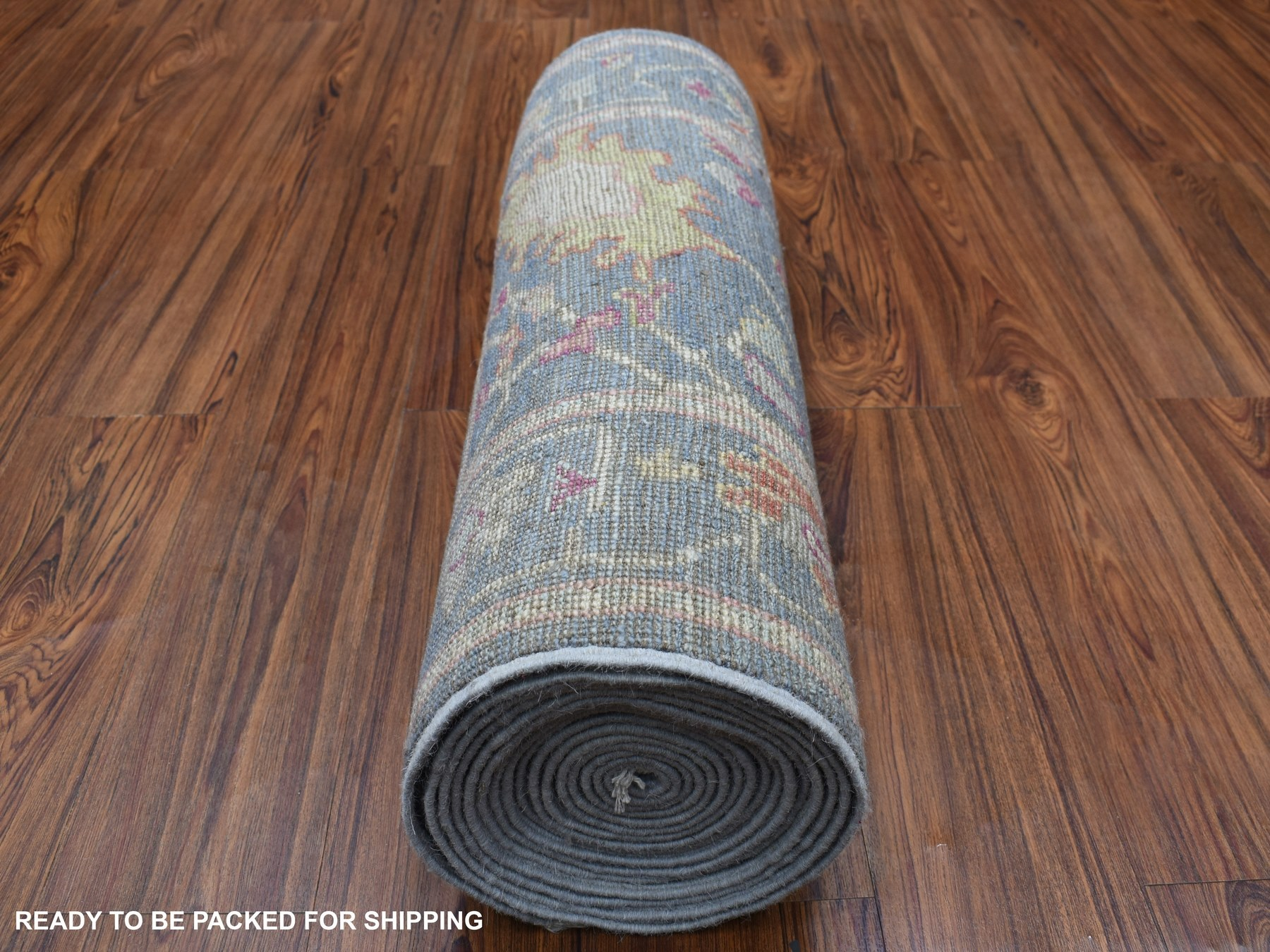 Traditional Wool Hand-Knotted Area Rug 2'6