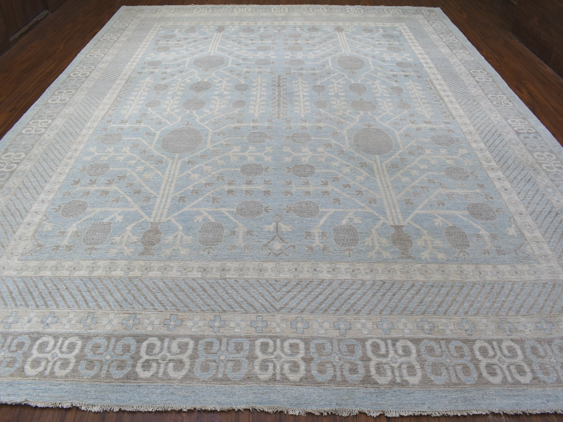 Transitional Wool Hand-Knotted Area Rug 12'0