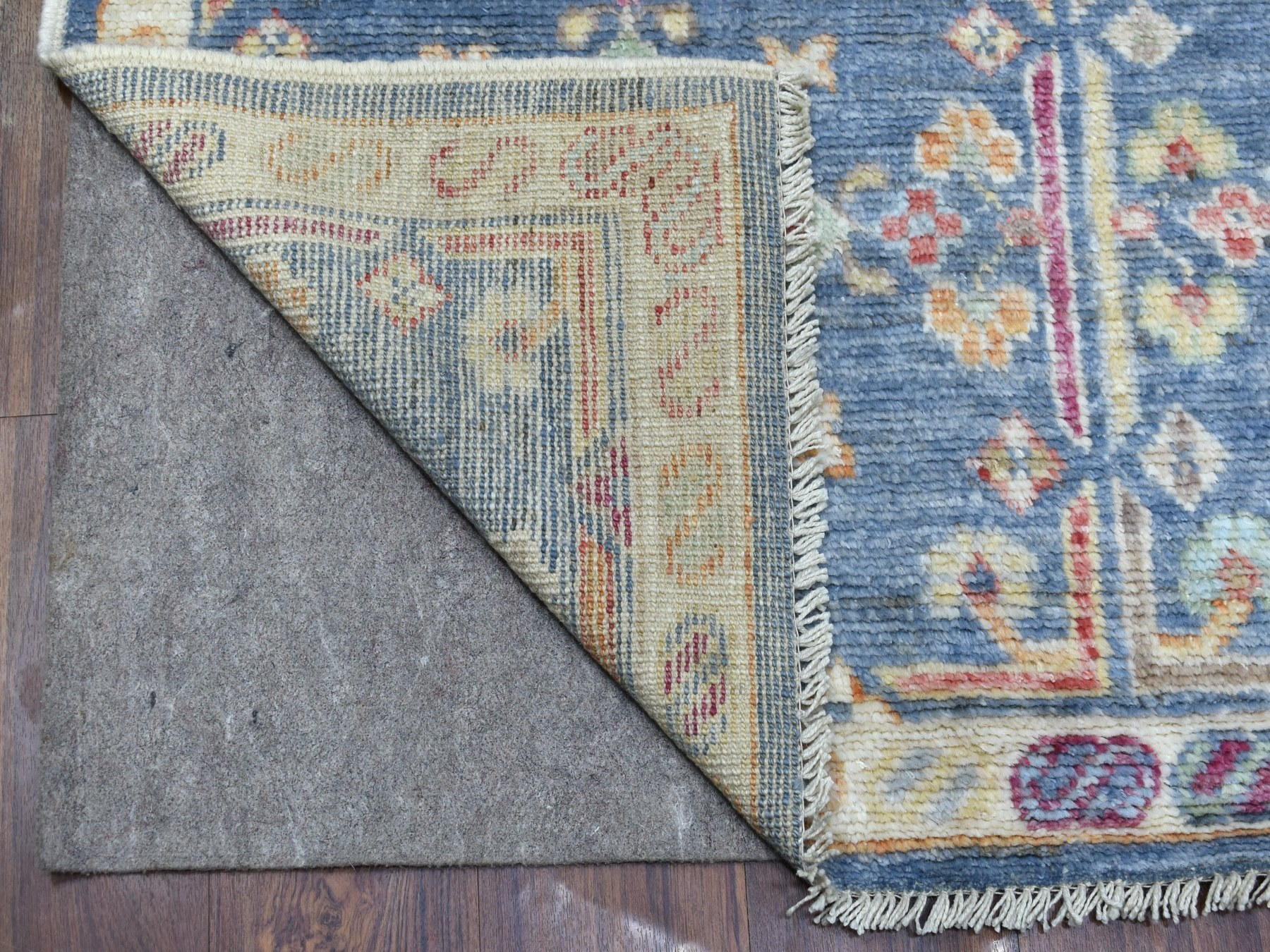 Transitional Wool Hand-Knotted Area Rug 4'3